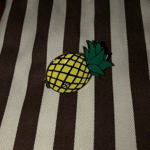 Henri Bendel Pineapple Pin 🍍
